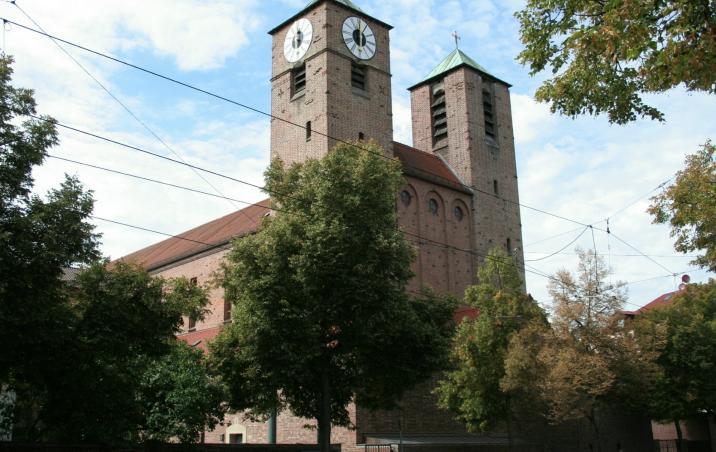 Außenansicht der Kirche St. Joseph
