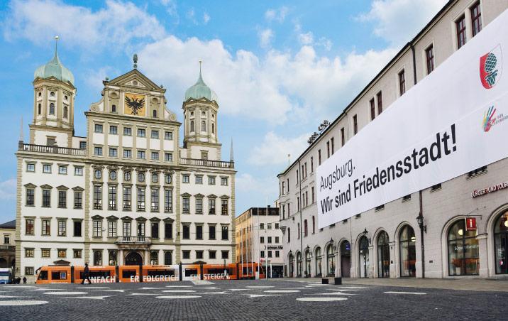 Rathausplatz Augsburg, Foto Ruth Plössel